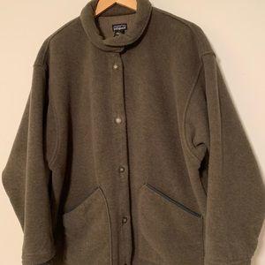 Patagonia women's fleece coat button up sz L